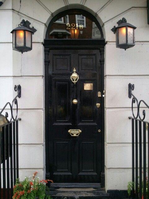シャーロック ホームズの家 House Of Sherlock Holmes London 玄関ドア おしゃれ 玄関 シャーロック