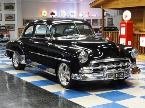 custom 1952 chevy deluxe