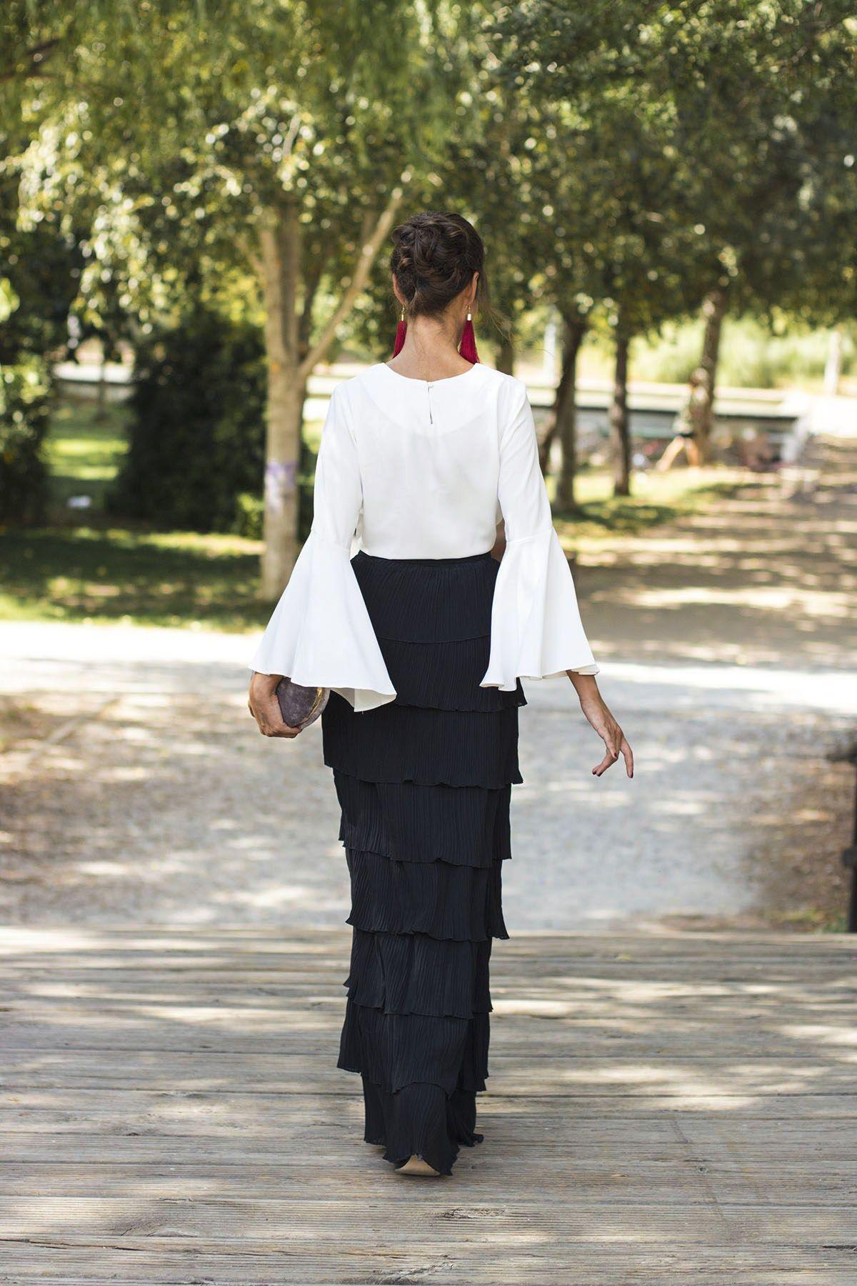 Vestido blanco y negro boda dia