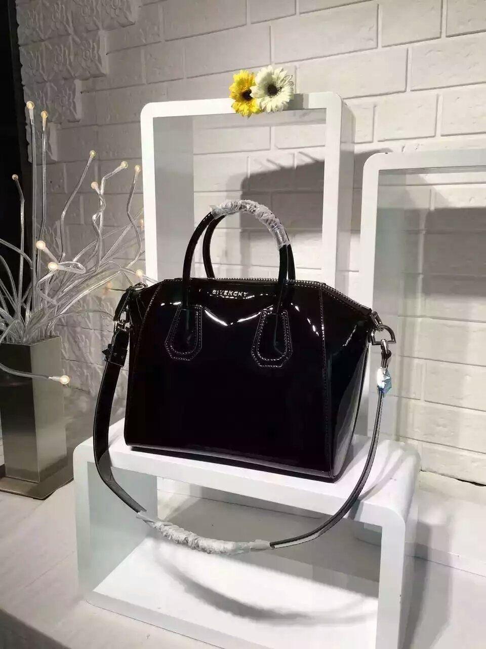 b7b4d5792bf 2016 New Givenchy Antigona Tote Bags Black Original Patent Leather Givenchy  Antigona Tote Bags mini size:23cm,small size:28cm. Whatsapp:+8615817091613