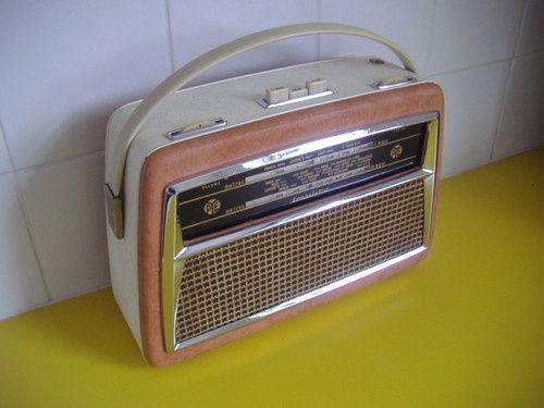 1960s Vintage Radios Vintage Early Pye Transistor Radio 1960s