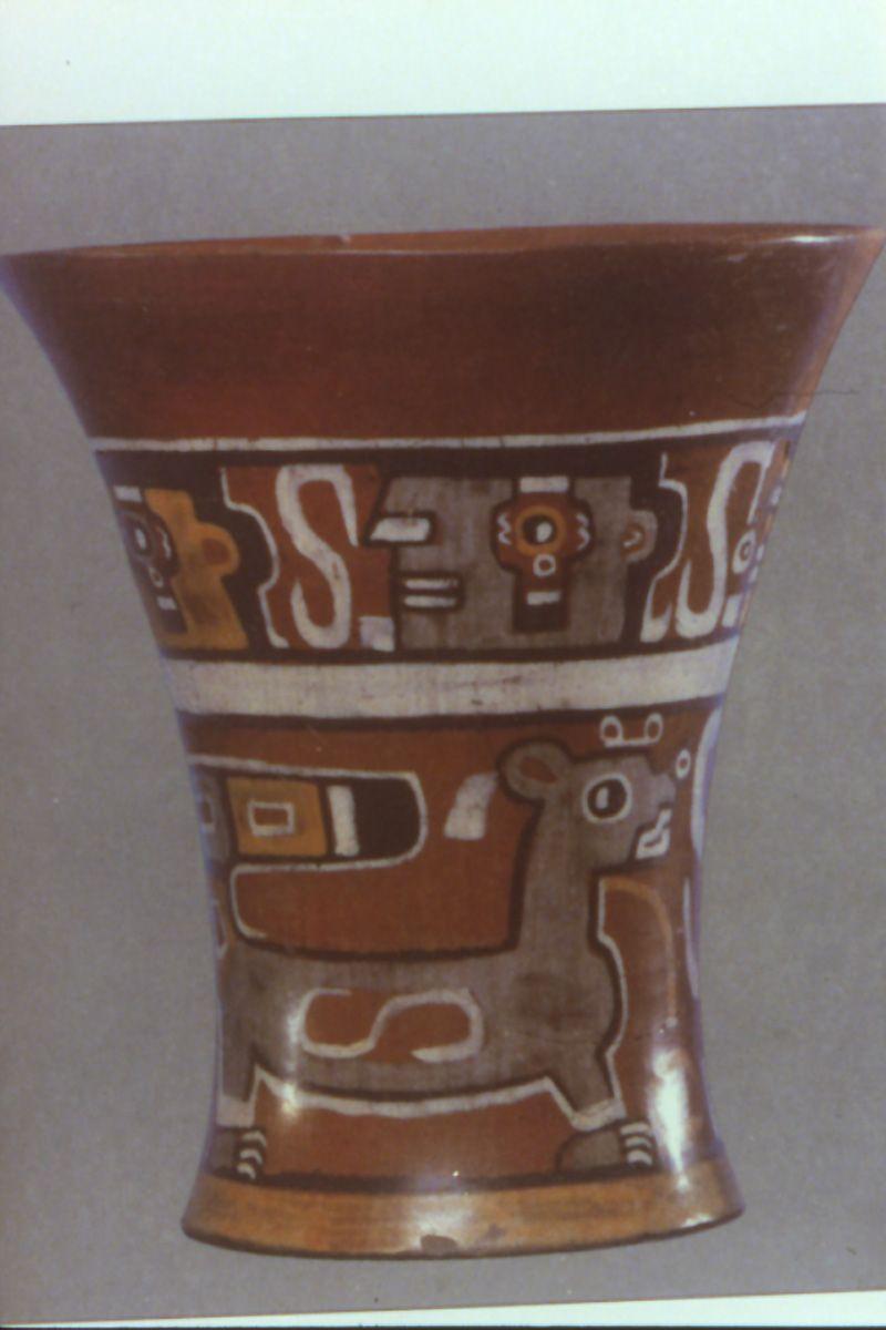 Kero De La Cultura Tiahuanaco Tiahuanaco Arte Precolombino Inca