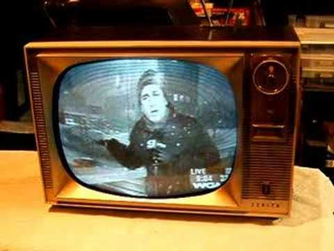 Watch a 1960 Zenith TV with remote control! - YouTube