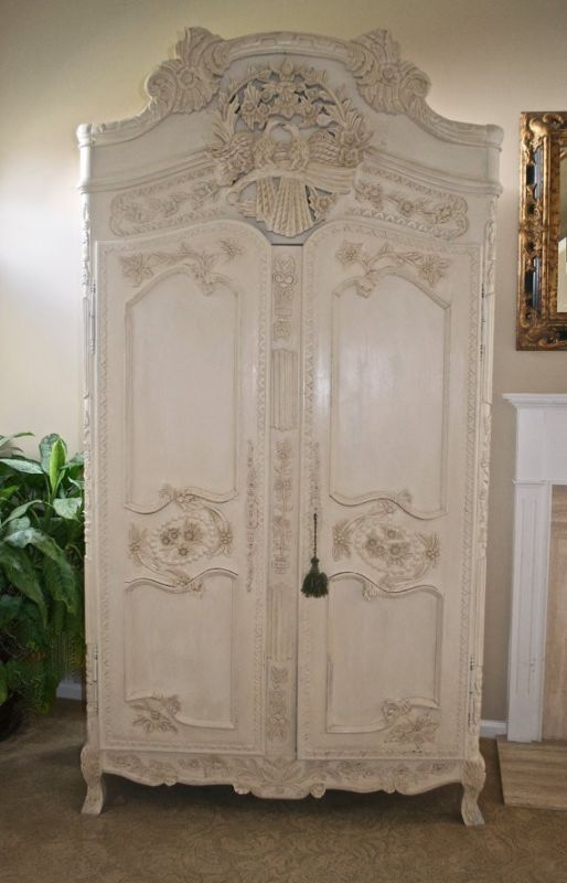 Antique French Carved Armoire With Lovebirds Ebay Vintage