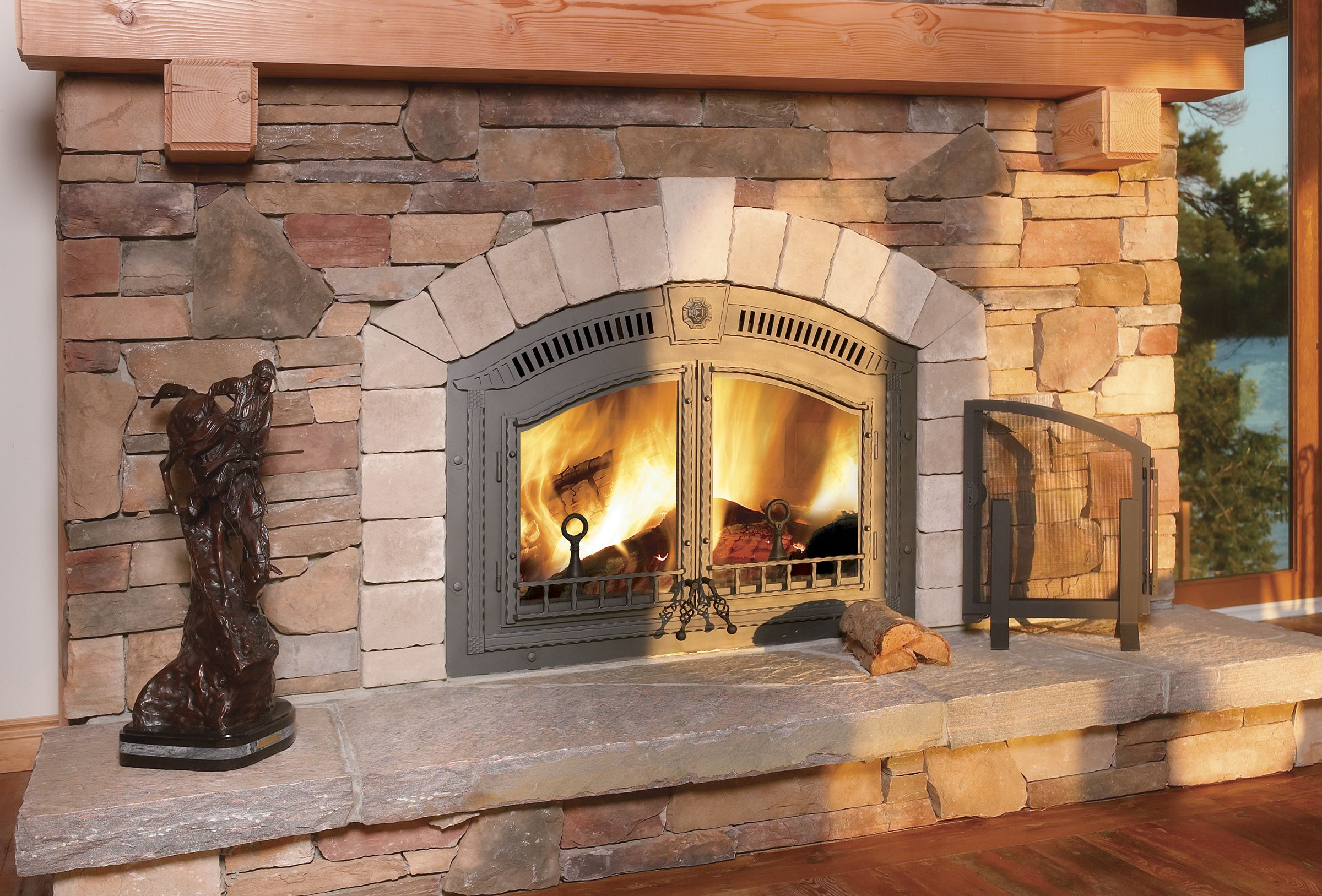 Traditional Mountain Home Fireplace Napoleon High Country 6000