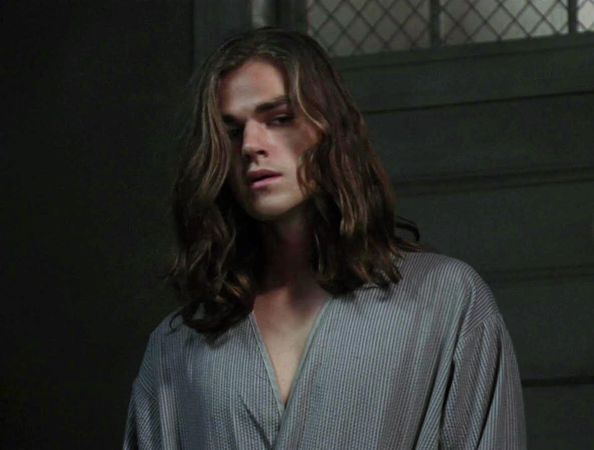 Casey Wyman, i approve of him and his long hair ...