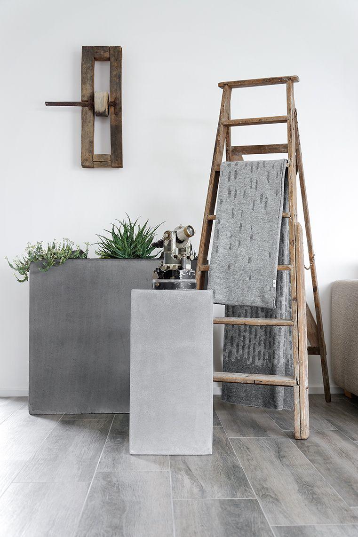 Die dekorative #Holzleiter versprüht in diesem #Wohnzimmer pure ...
