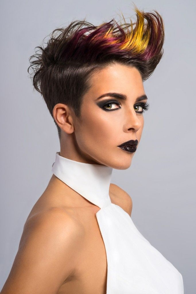 Color y movimiento. LoVe Hair! ‪#‎Hair‬: Team frontlook Visto en SEGUIDORES DE LA REVISTA COIFFURE PROFESSIONNELLE