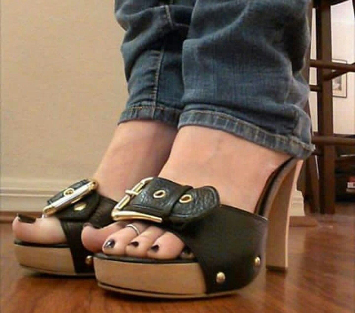 Pleaser sexy light brown suede faux wood platform casual sandals high heels shoe