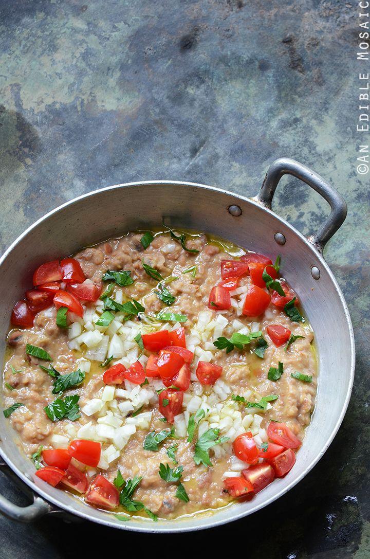 Foul mudammas recipe egyptian mashed fava beans with olive oil foul mudammas recipe egyptian mashed fava beans with olive oil lemon juice and forumfinder Gallery