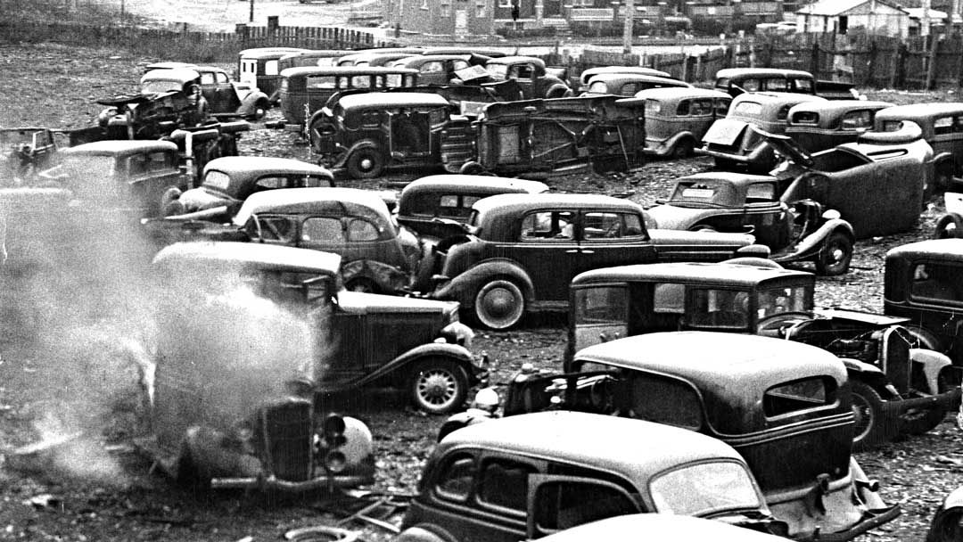 Today's feature contains several images of cars and trucks