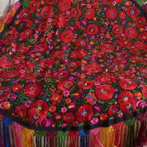 Matyo embroidered Table cloth 165cm diameter-parna