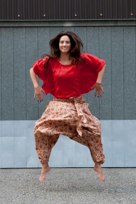 Collezione Primavera Estate cotone lino seta abbigliamento colori fairtrade prendisole casacche yoga jersey corto buddha pant gonne pantaloni camice sandali pelle lugano ticino svizzera bambino donna uomo fiorellini tinta unita xxl taglie forti fairtrade
