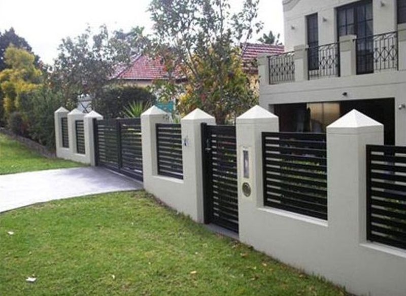 41 Cute Farmhouse Fence For Small Front Yard Decoarchi Com House Gate Design House Fence Design Small House Gate
