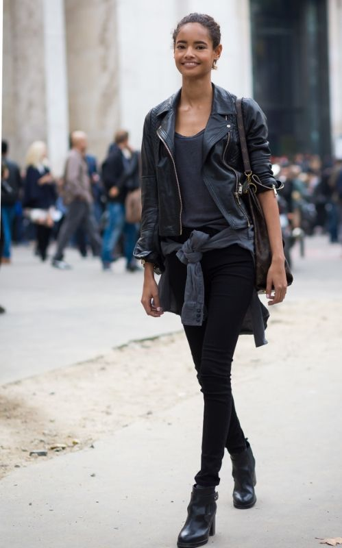 How to wear black skinny jeans in winter