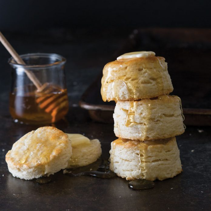 Simple Buttermilk Biscuits In 2020 Best Biscuit Recipe Buttermilk Biscuits Biscuit Recipe