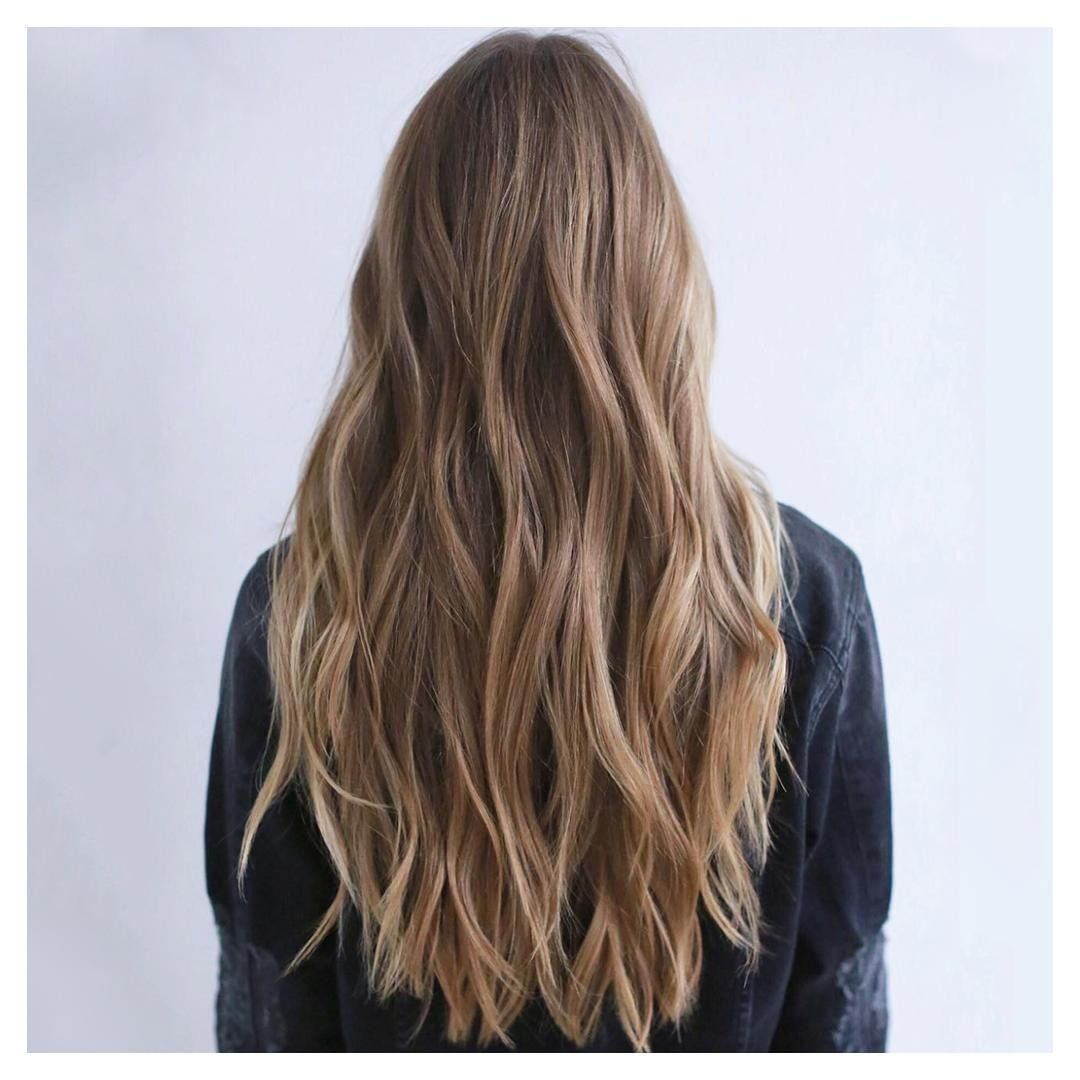 A Beach Wavy Hair Tutorial To Get The Look All Yea