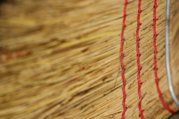 Great tips on how to extend the life of your #broom and the proper way to clean it.  (is it horrible that I have NEVER done this?)