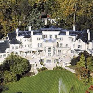 The Granddaddy Of Homes Mansions Expensive Houses Beautiful Homes
