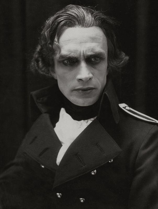 mudwerks:  Conrad Veidt, 1921 (by pictosh)