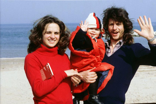 baby Vale with mamma and papa