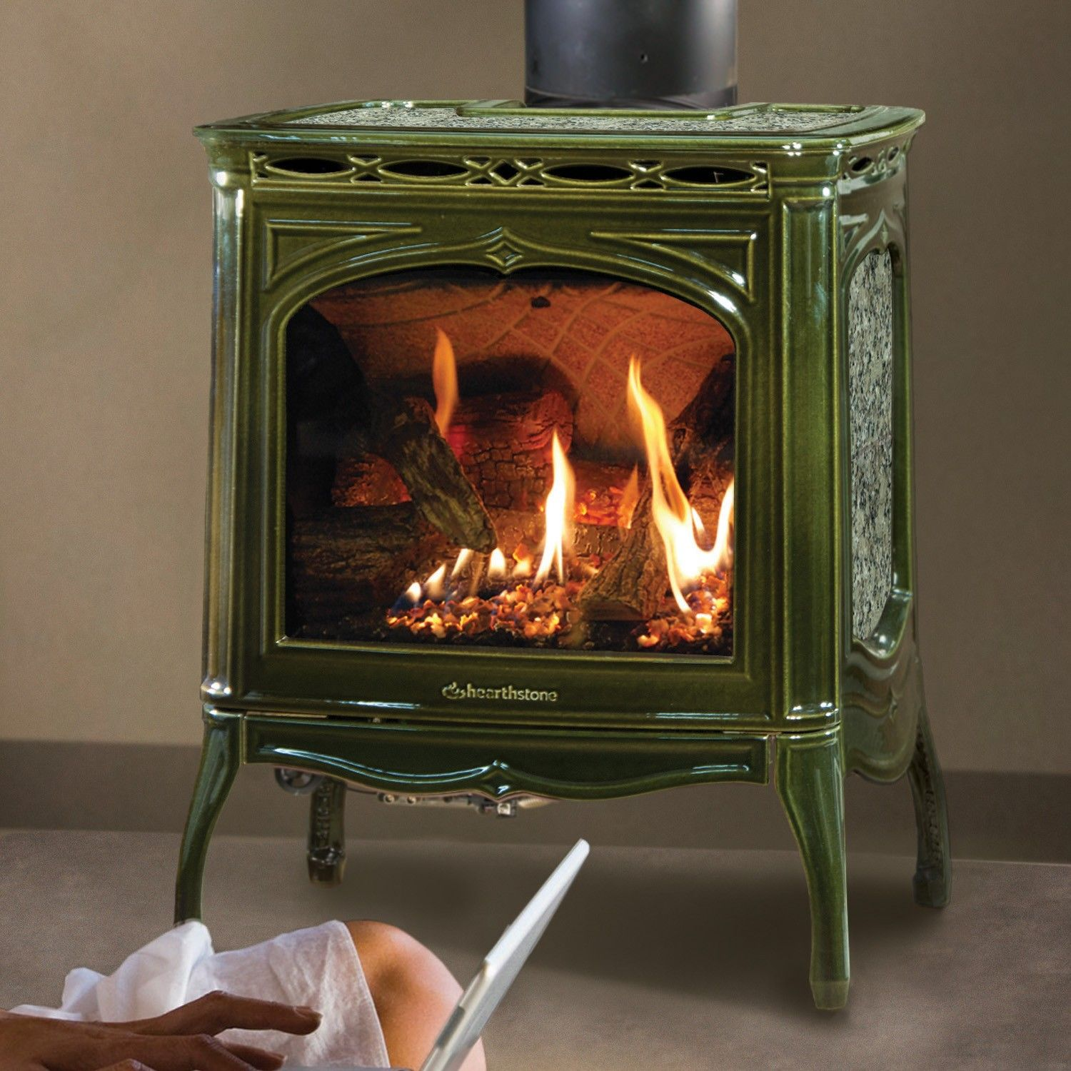 Tucson dx 8702 gas stove with basil enamel pine green finish by hearthstone heats up to 1200 - Small space wood stove model ...