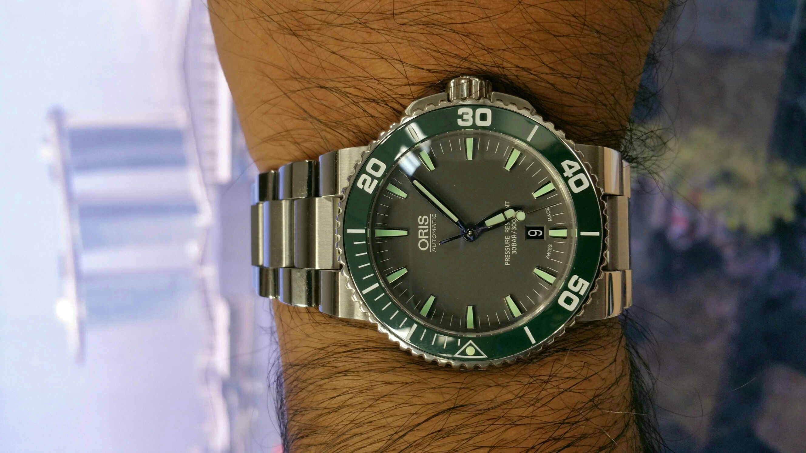 Image Result For Oris Aquis Green Timepieces Pinterest