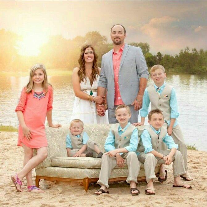 Simple Wedding Family Pictures: Boho Wedding. Wedding Photography. Blended Family Wedding