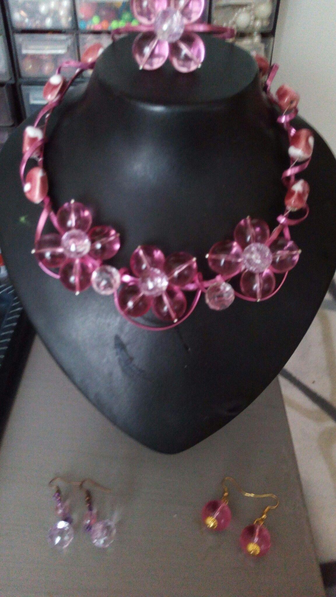 Collana con fiori di perle in plastica By NiNa | Collane ...