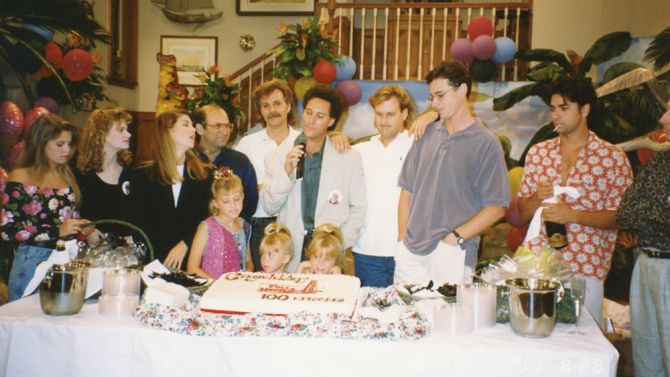 inside the secrets scandals and legacy of full house from creator rh pinterest co uk