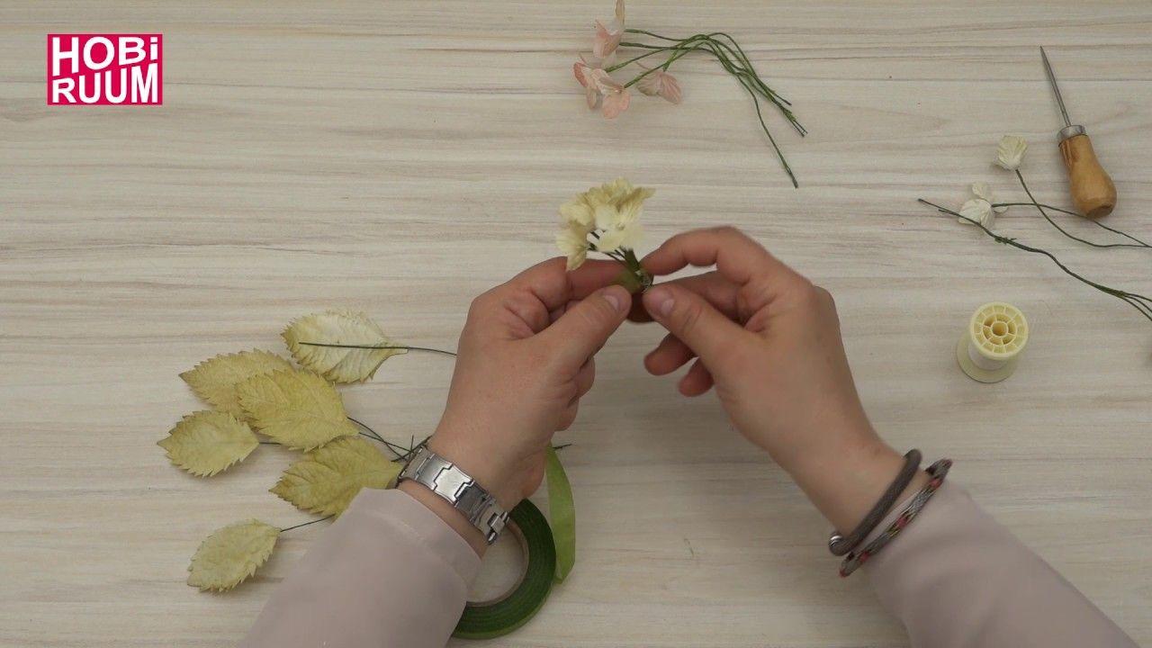 Karton çiçeklerden çerçeve süslemesi yapımı
