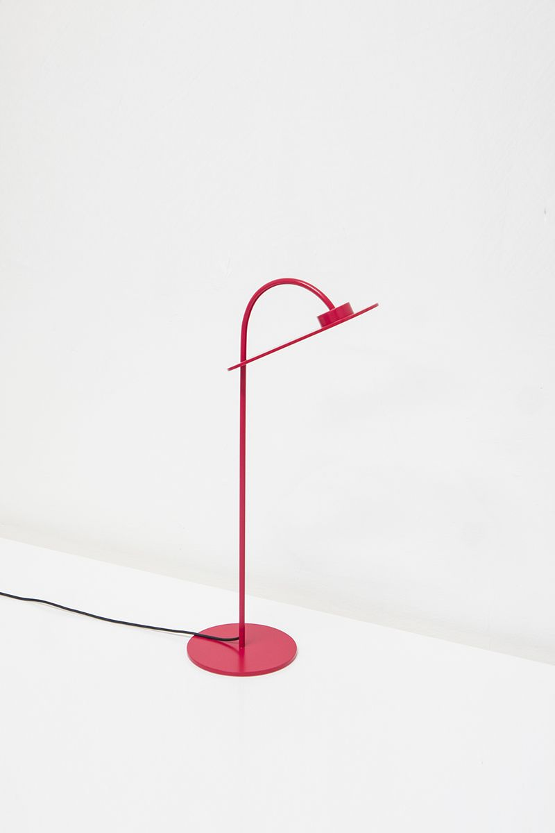 Flamingo La Lampe De Table De Mario Alessiani Lampes De Table Lumiere De Lampe Et Decoration