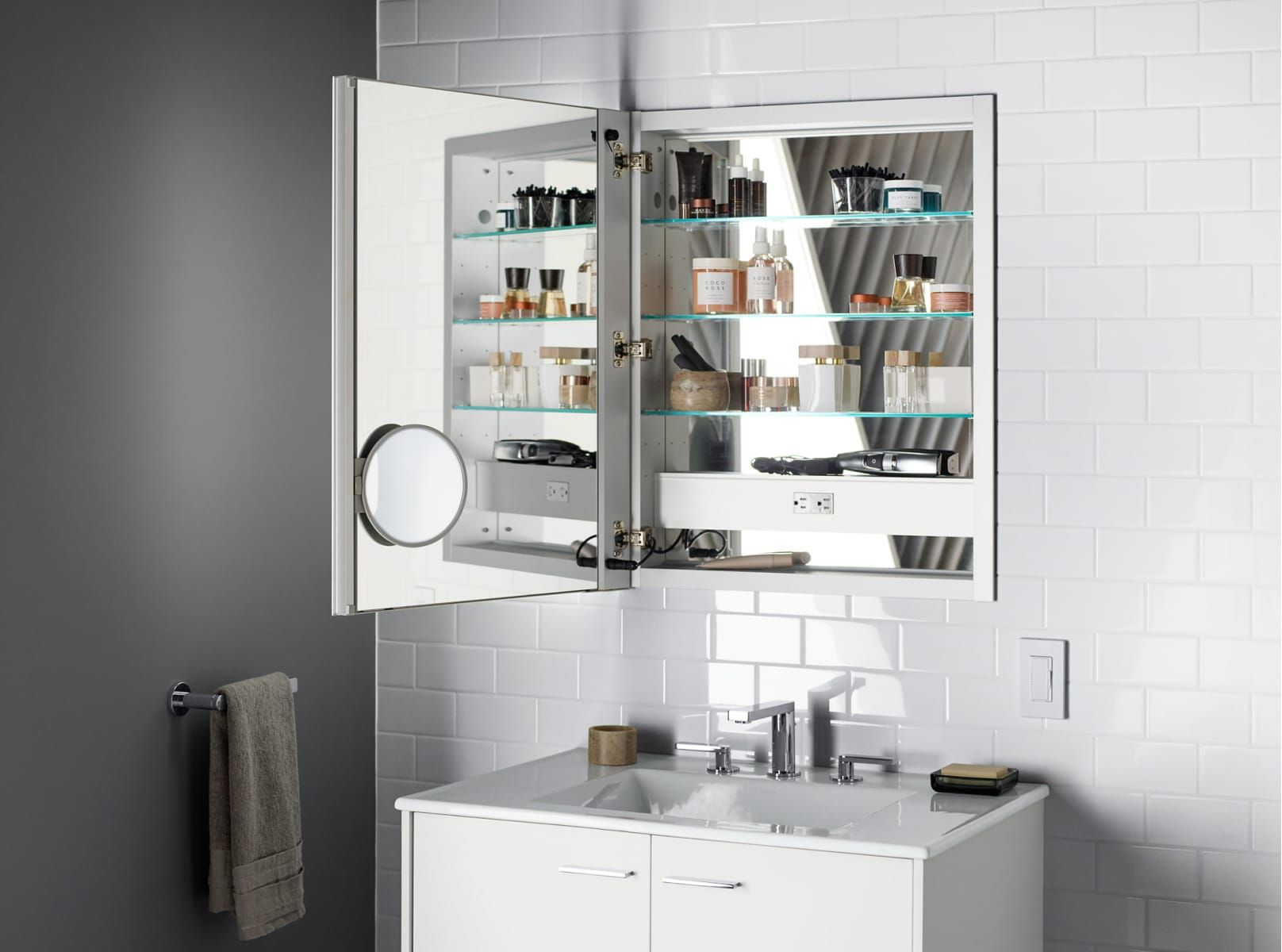 Kohler K 99007 Tl Na Mirrored Verdera 24 Quot W X 30 Quot H Single Door Frameless Medicine Cabinet With