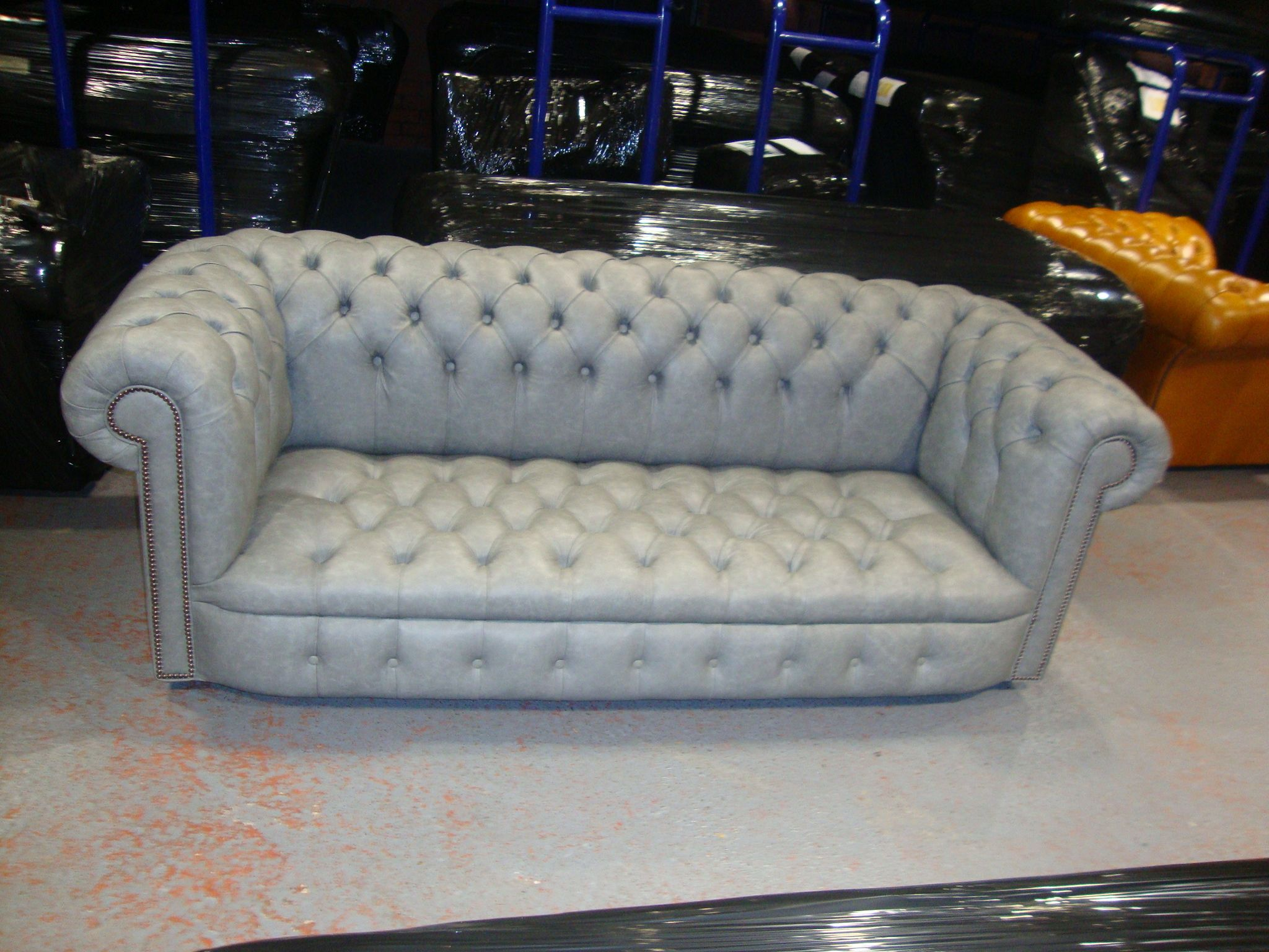 Kensington Chesterfield 3 Seater Sofa In Light Grey Leather