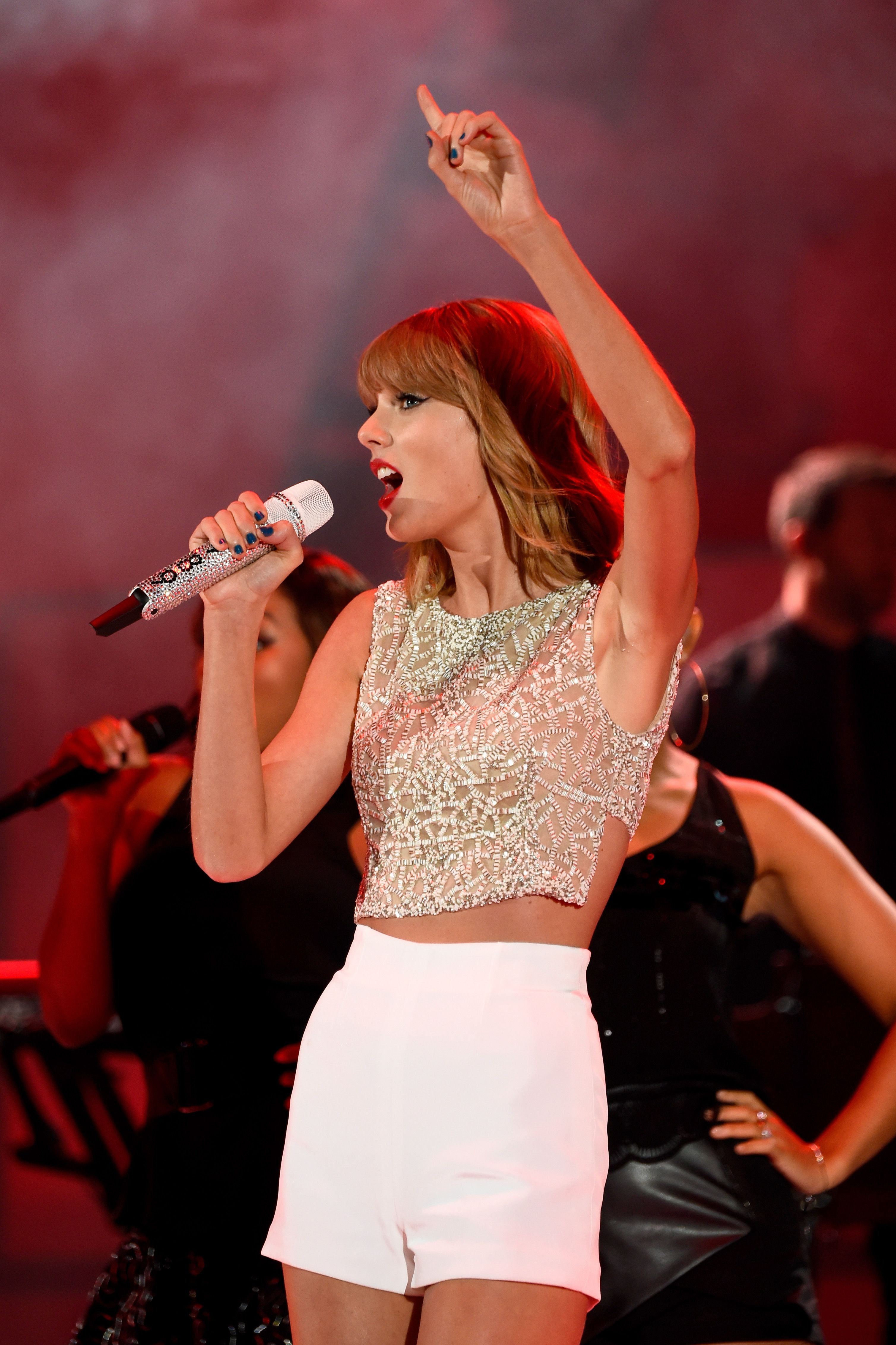 Taylor Swift Taylor Swift Crop Top Outfits Taylor Swift Style