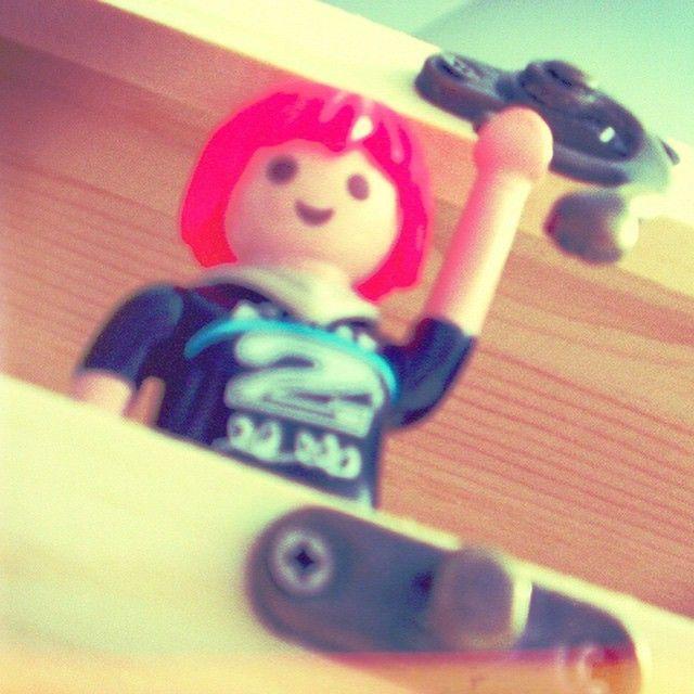 Alicia en la caja. #AliciaClick #Playmobil