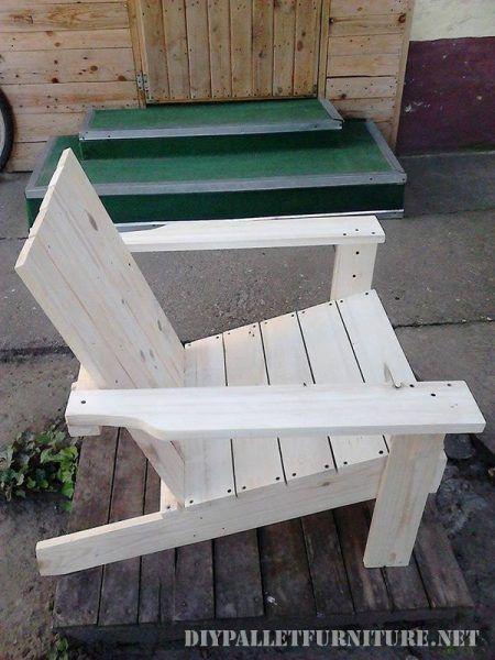 Chaise de jardin avec palettes   Palette, Chaises et Jardins