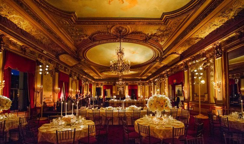 The Metropolitan Club In Manhattan Nyc Manhattan Club Best Wedding Venues Wedding Venue Inspiration