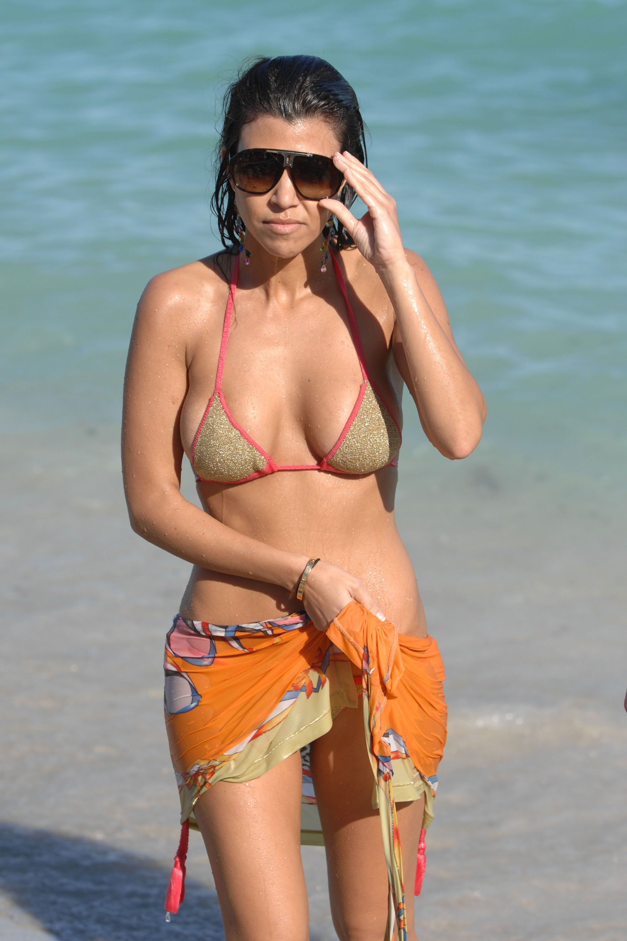 Hot Kourtney Kardashian nude photos 2019