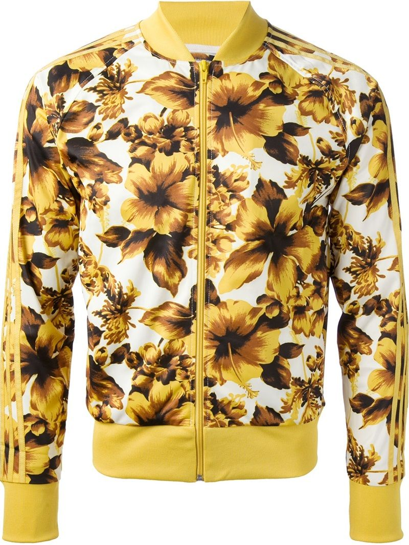 Pin By Neci Avila On My Dream Closet Floral Print Jacket Stripe Outfits Gold Jacket [ 1067 x 800 Pixel ]