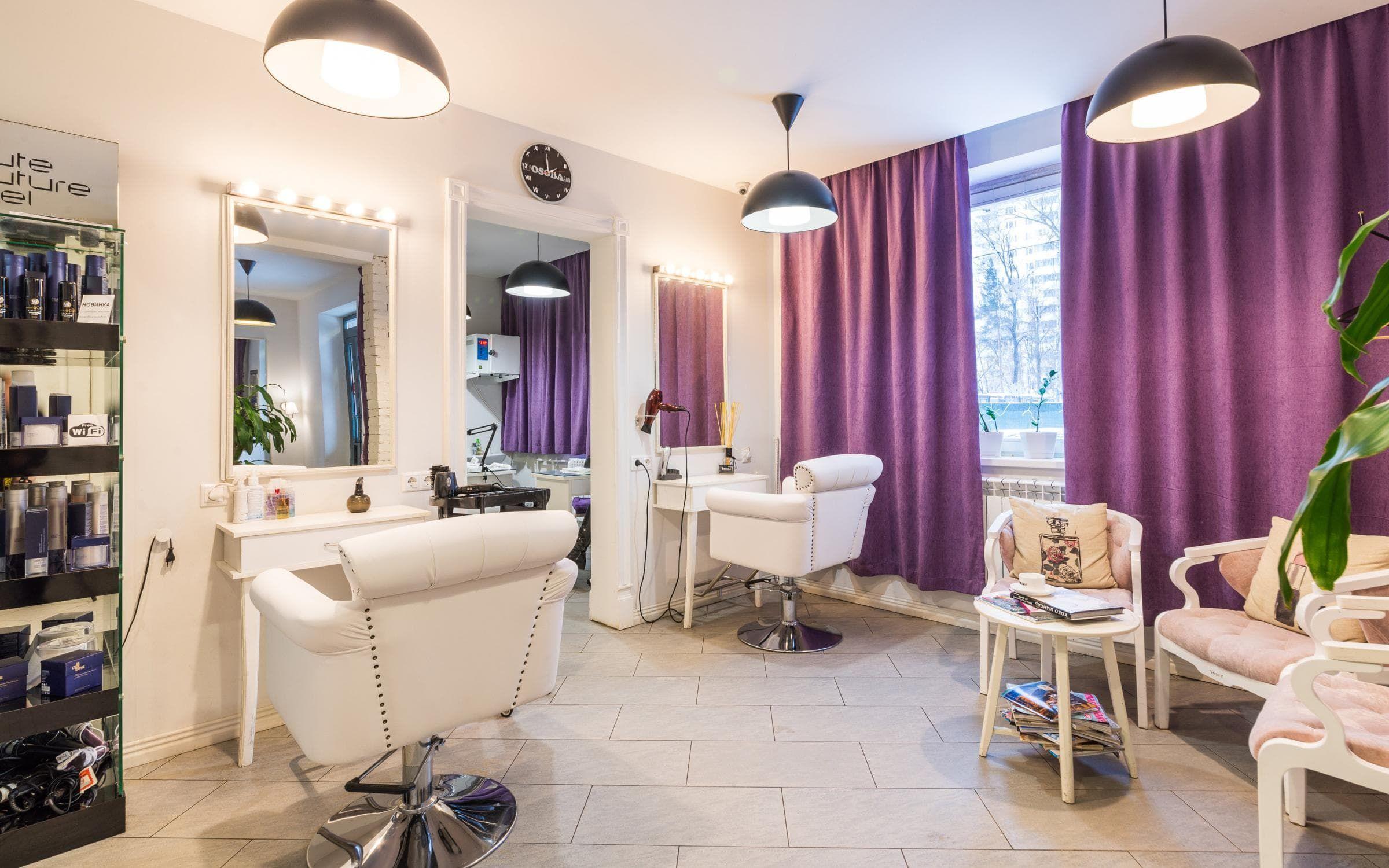 Интерьер и дизайн салона красоты и парикмахерской на фото. Как ...