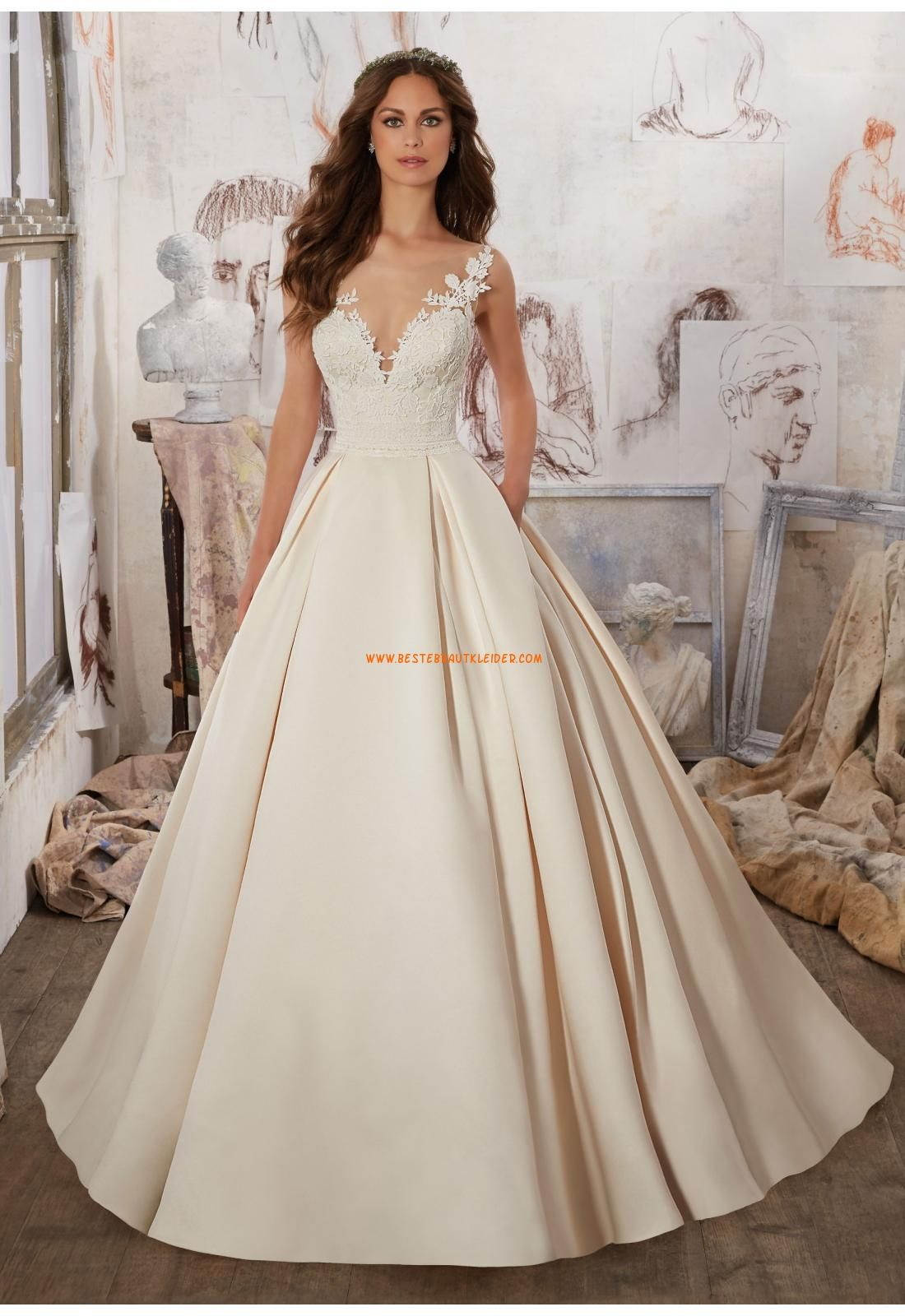 A-linie Exklusive Moderne Brautkleider aus Satin mit Schleppe