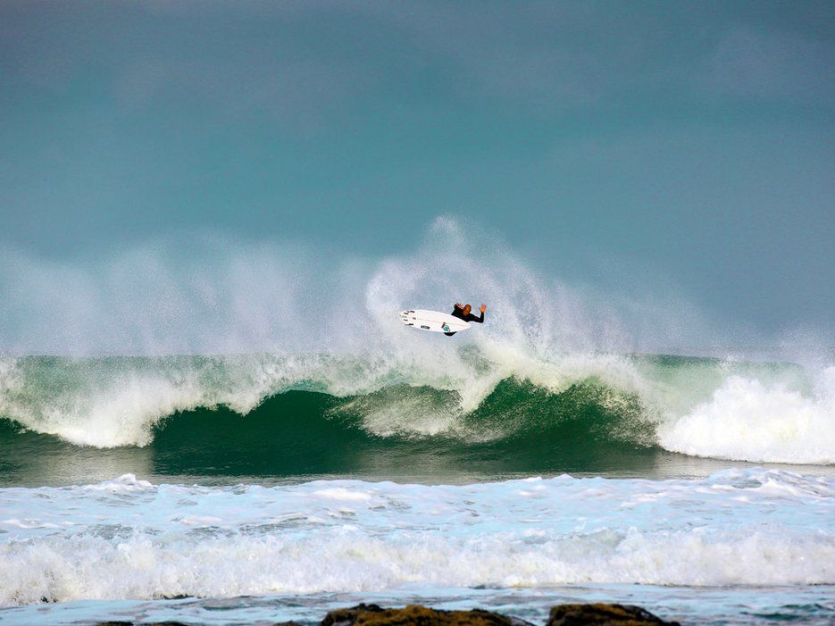Where To See The World S Most Mind Blowing Surfing Surfers Paradise Surfing World