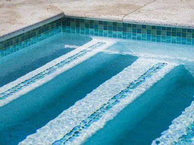 Pin By Oralia Calderon On Pool Mosaic Pool Pool Tile Pool Steps