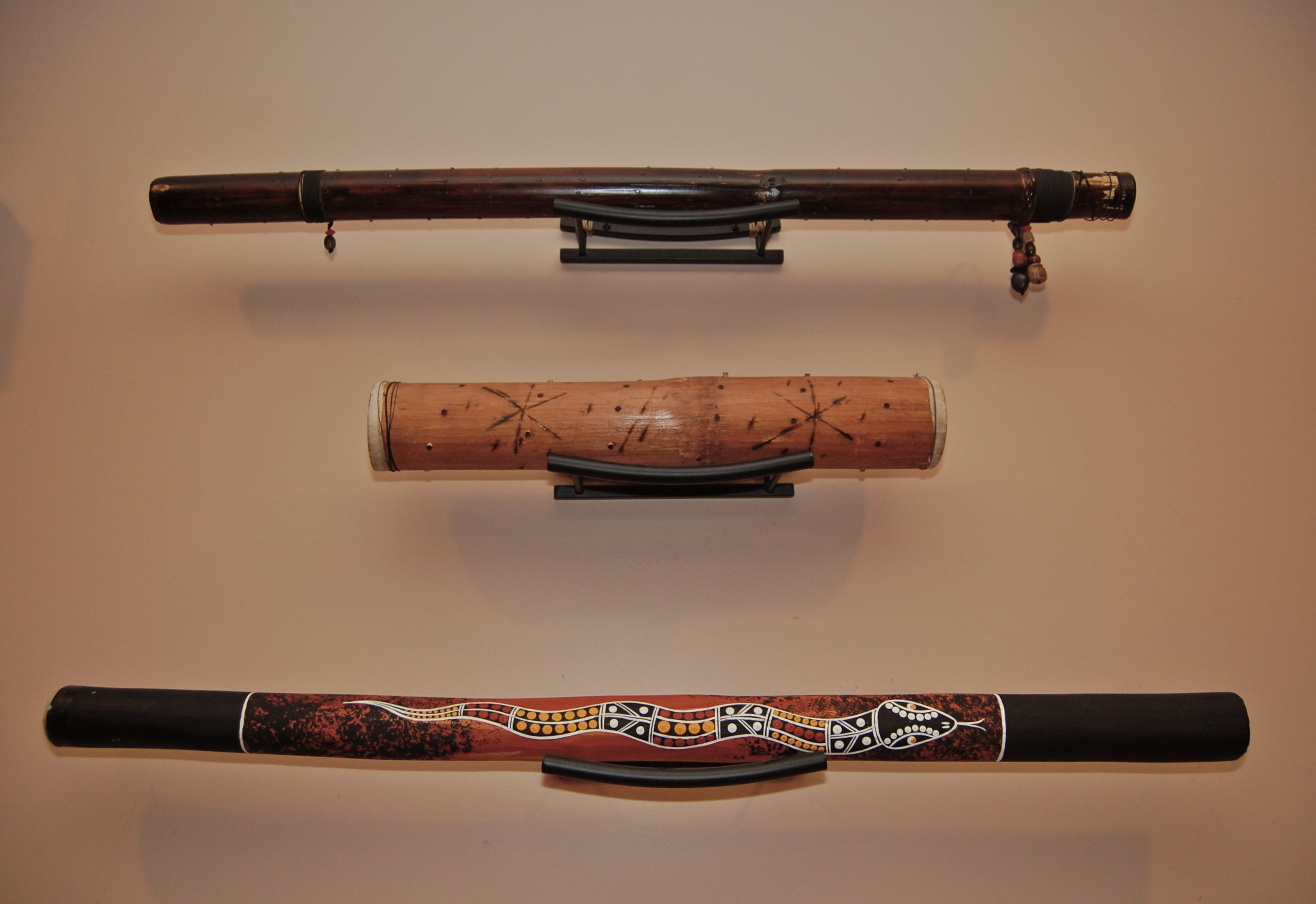 How To Hang A Didgeridoo On The Wall My Music Thing