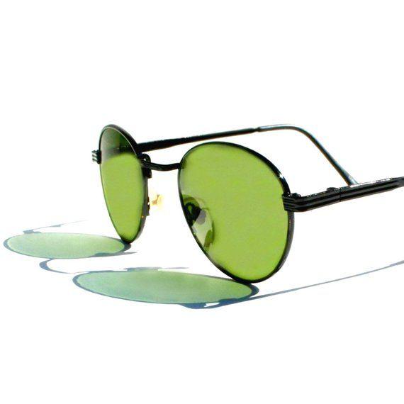d0f40834b5 Round P3 Sunglasses   Mens Gatsby Glasses   John Lennon Glasses   Green  Lenses   Black Enamel Frames