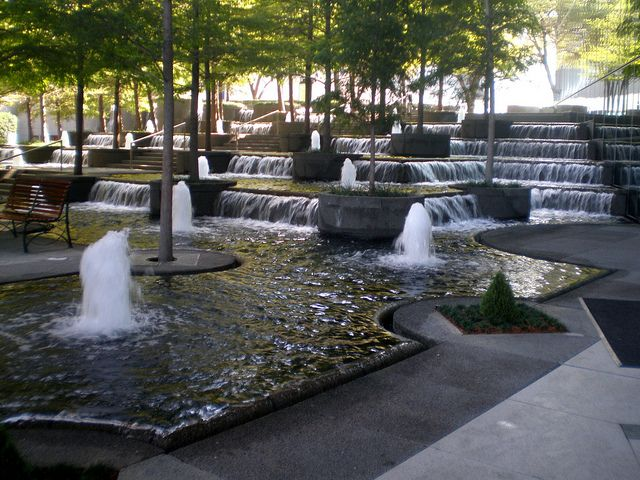 Fountain Place Tower Dallas Texas By Hanneorla Via