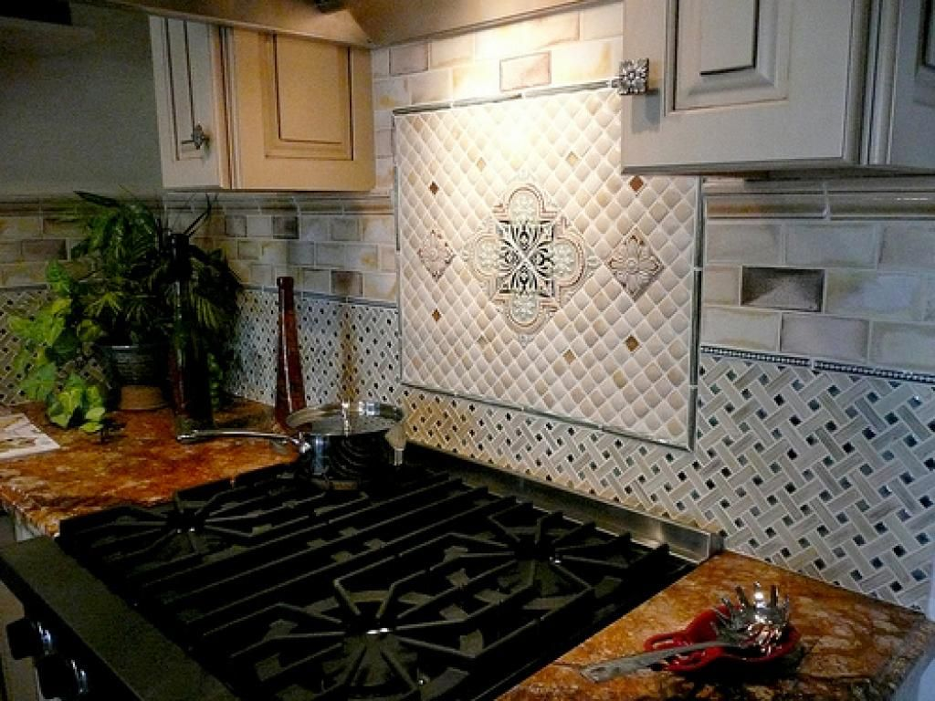 Enchanting Cobblestone Backsplash Design For Kitchen With Granite  Countertop Including Lighting Above Stove