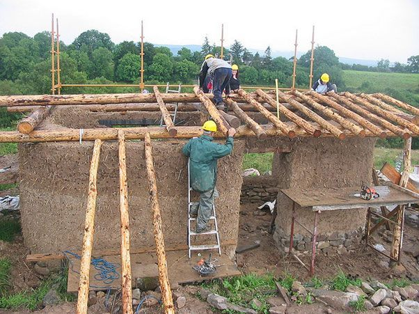 How to build your cob home the easy waycob building 101 for Wohneinrichtung gunstig