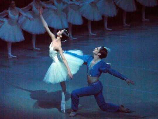 "Sae Eun Park and Vladimir Shklyarov in ""La Bayadere"" at the Mariinsky Theatre. Photos © Viktor Nikanorov."
